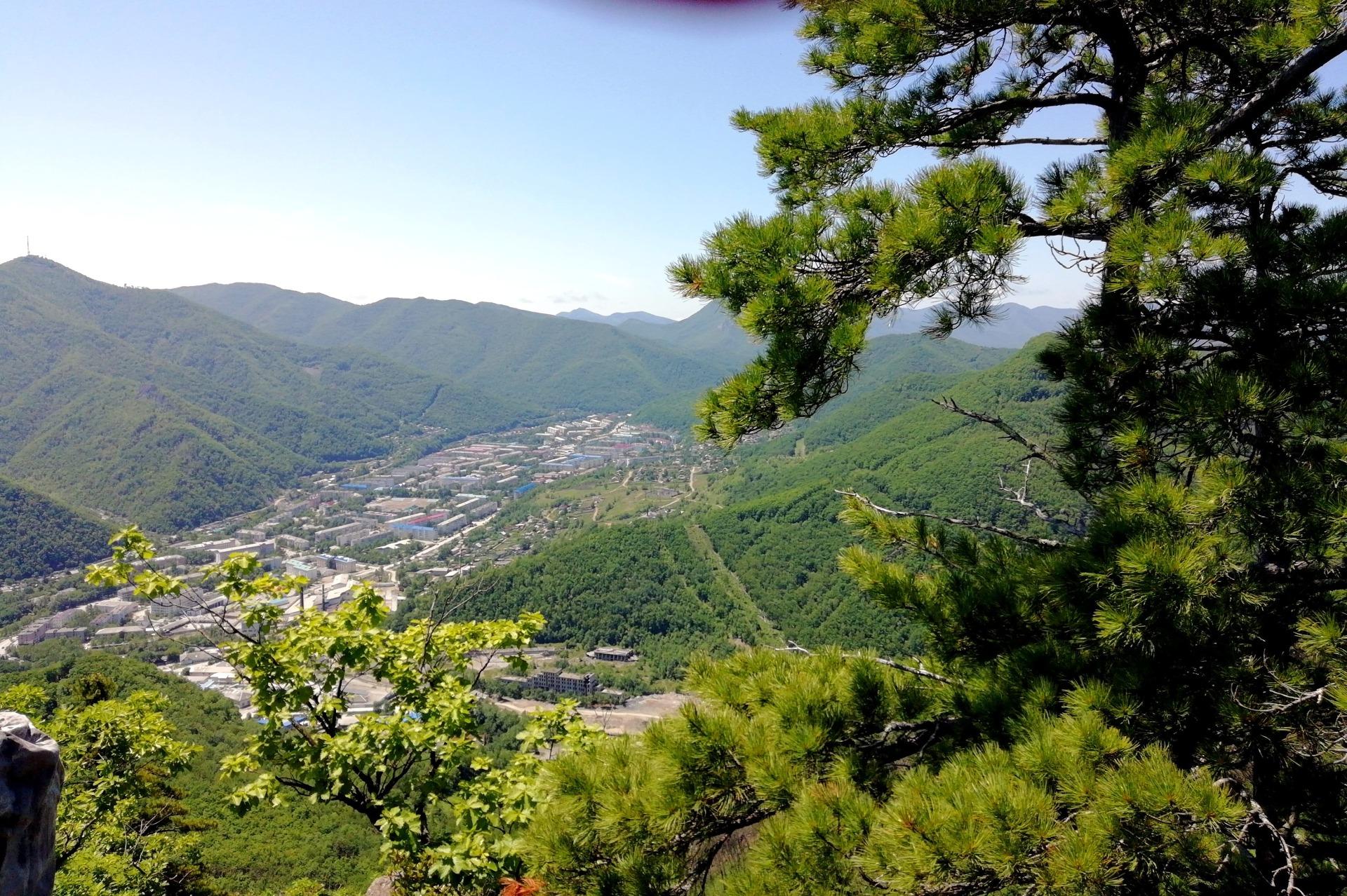 Вид на город с Высоты-611