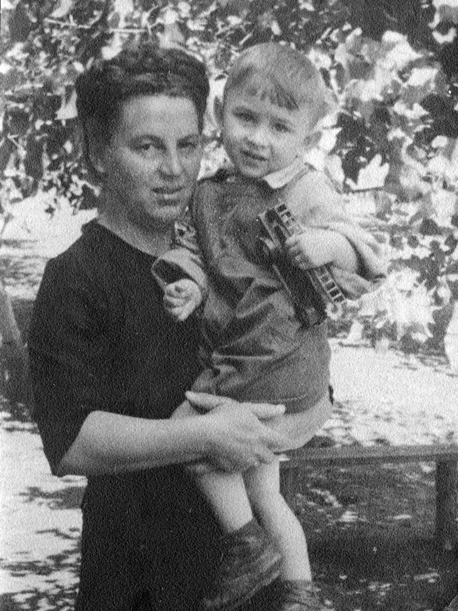 Фото из личного архива В.Г. Мокренка