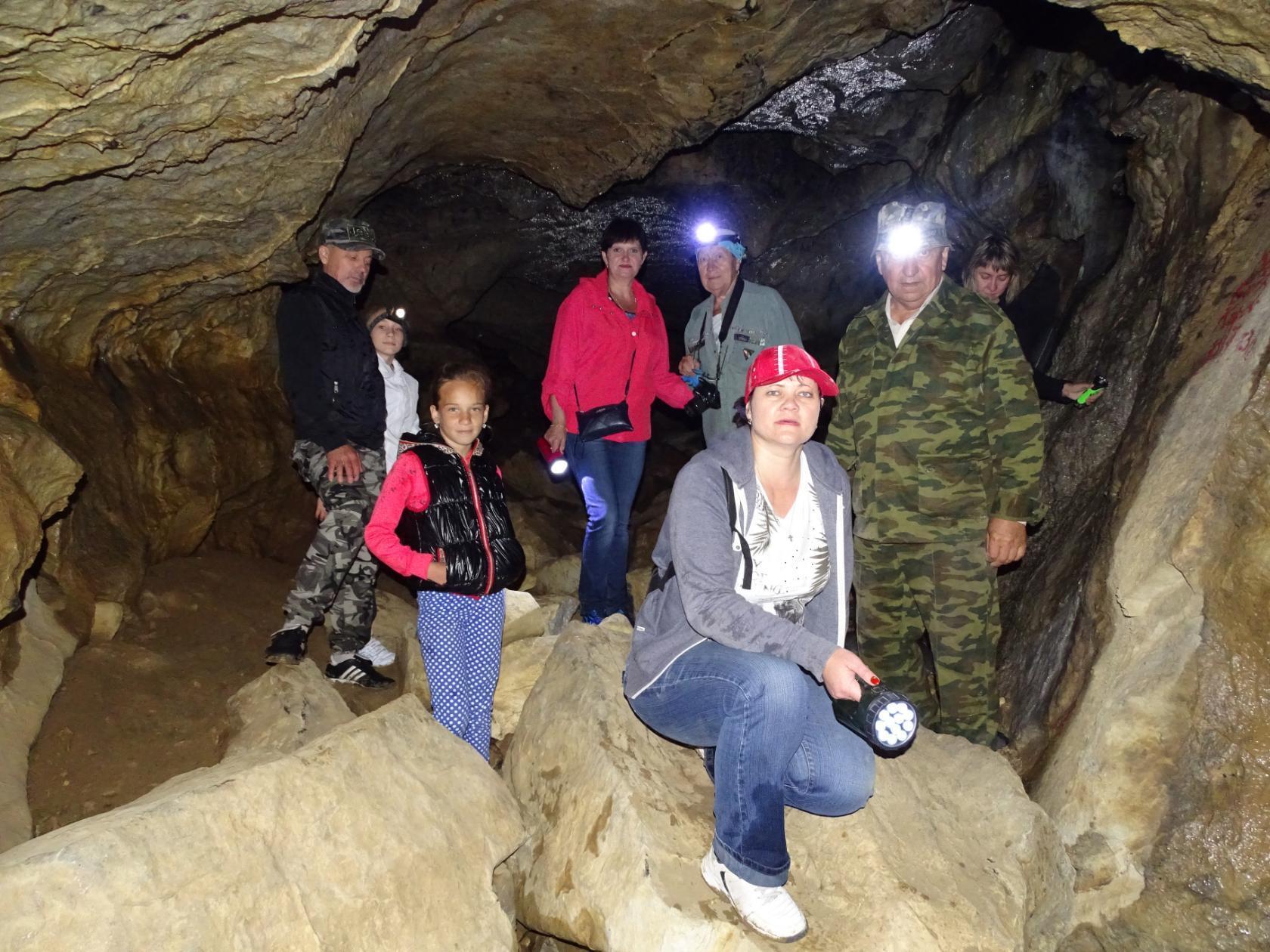 В Николаевской пещере